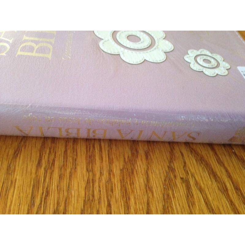 Biblia RVR60 Letra Gigante Lila Flores